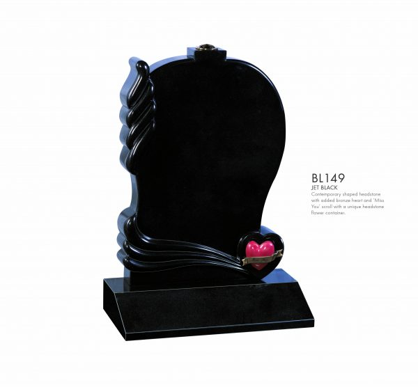 BELLE LAPIDI - Shaped memorial with bronze heart - BL149