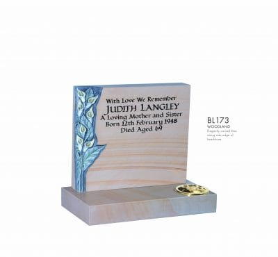 BELLE LAPIDI - Carved Lily memorial - BL173