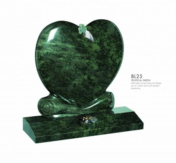 BELLE LAPIDI - Heart & scroll memorial with carved shamrock - BL25
