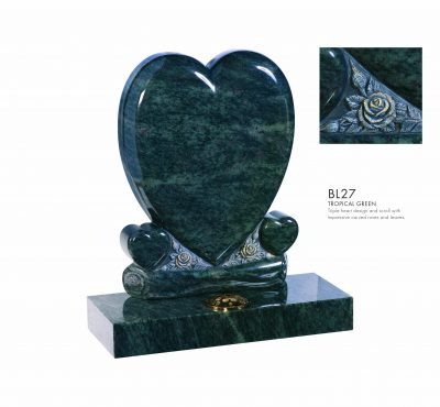 BELLE LAPIDI - Triple heart memorial with carved roses - BL27