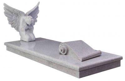 COTSWOLD - Angel kerb set memorial - 16084