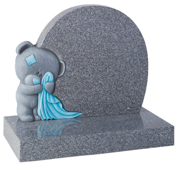COTSWOLD - Grey bear memorial - 16171